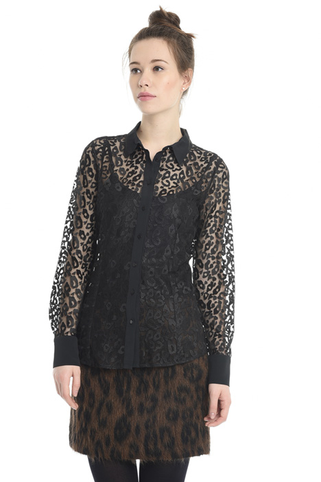 Embroidered tulle shirt Intrend