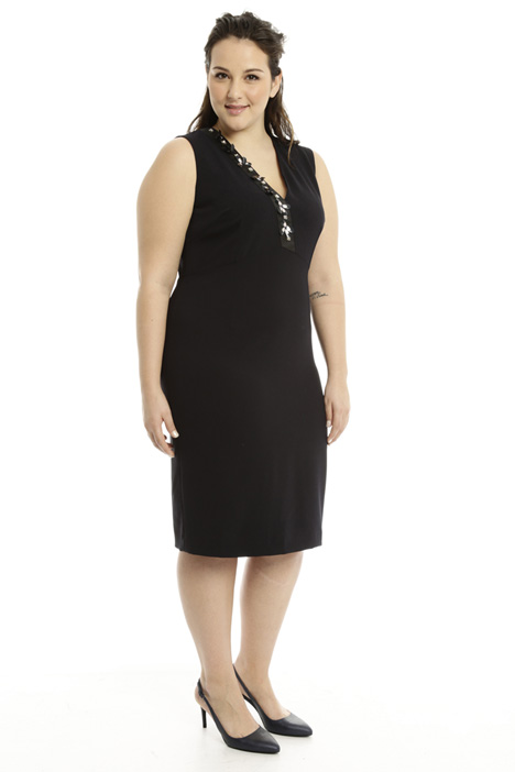 Jewel embroidered sheath dress Intrend