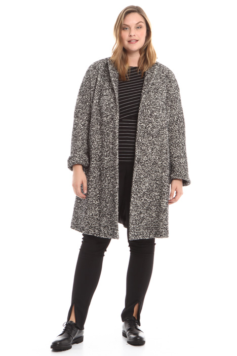 Yarn-dyed bouclé coat Intrend