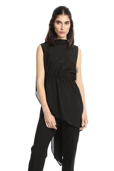Asymmetrical silk top Intrend