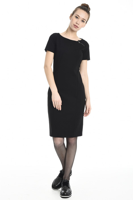 Fitted sheath dress Intrend