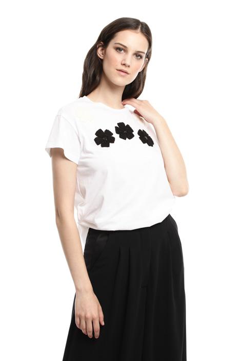 T-shirt con ricami a decoro Diffusione Tessile