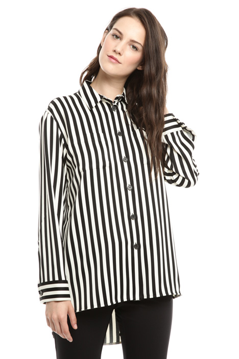 Long-sleeved printed shirt Intrend