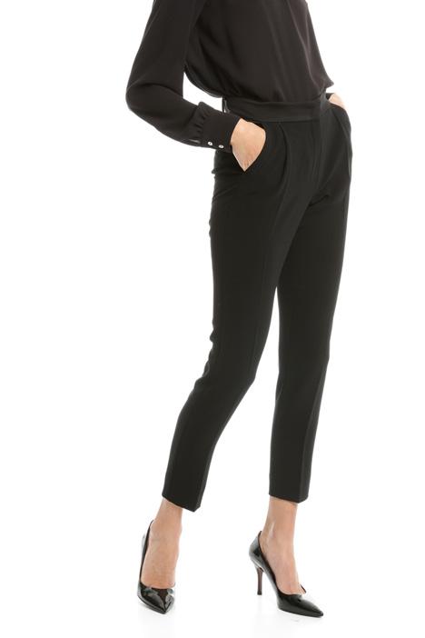 Pantalone in crepe enver satin Diffusione Tessile