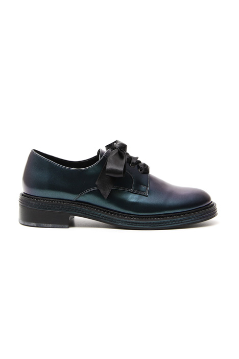 Pearled leather shoes Intrend