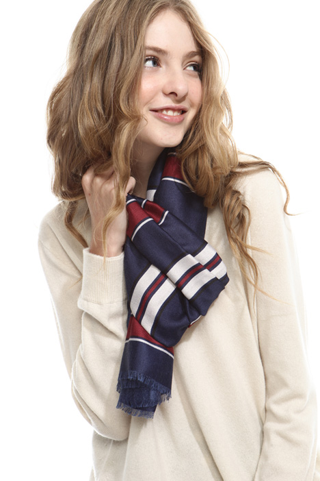 Fluid scarf with stripes Diffusione Tessile