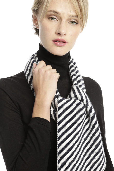 Wool blend jacquard scarf Intrend