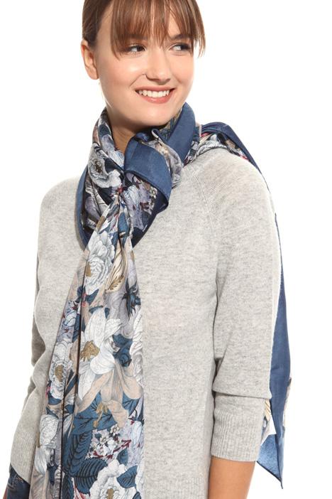 Macro flower scarf Diffusione Tessile
