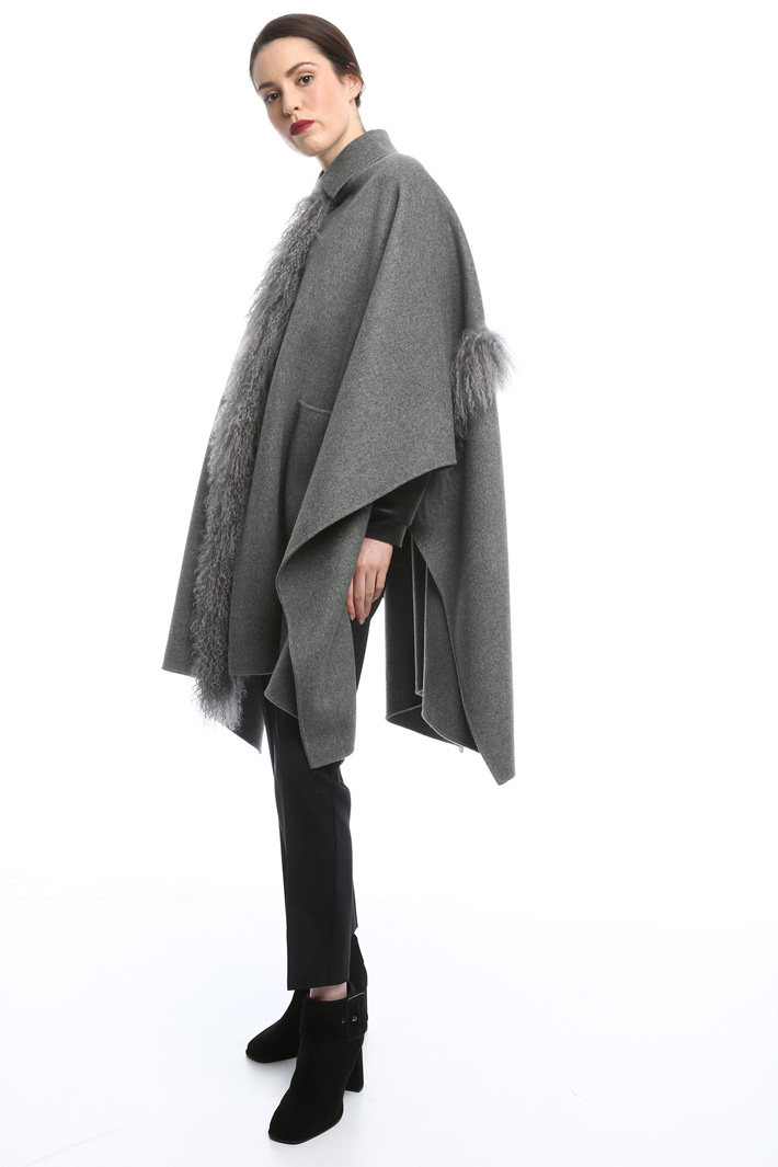 Double wool cape Diffusione Tessile