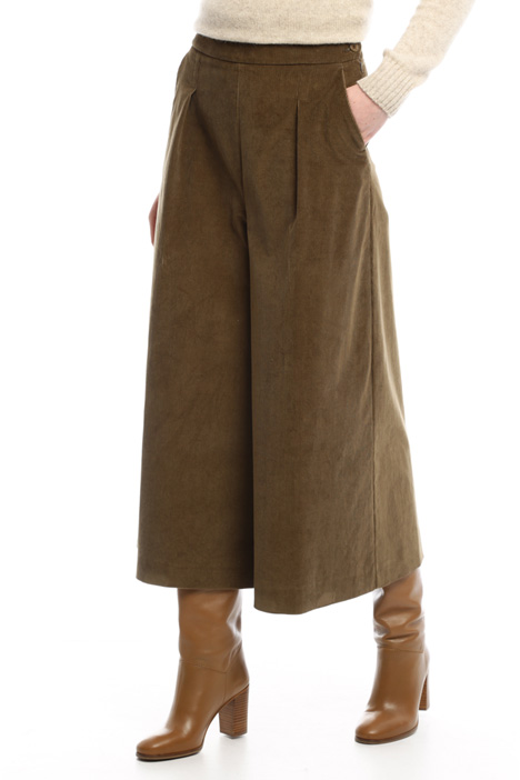 Pantaloni svasati in velluto Diffusione Tessile