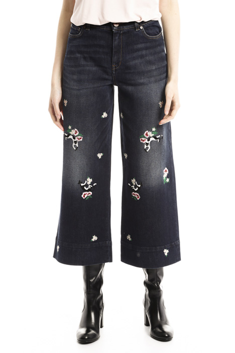 Embroidered cropped jeans Diffusione Tessile