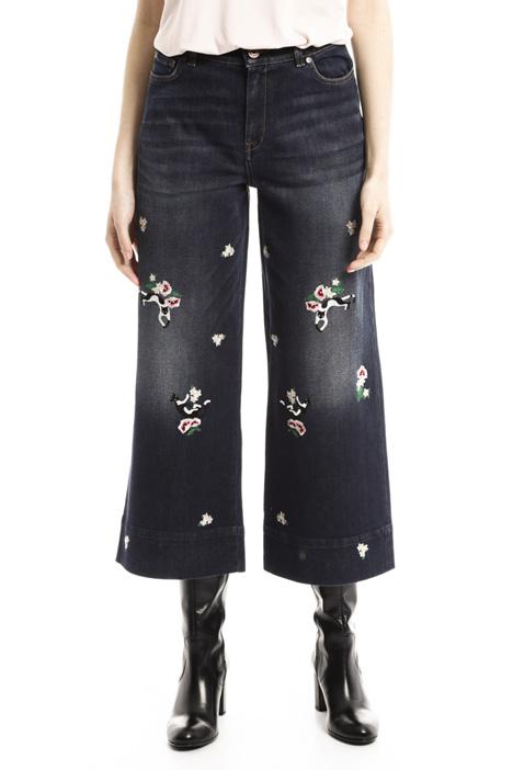 Jeans cropped con ricamo Diffusione Tessile