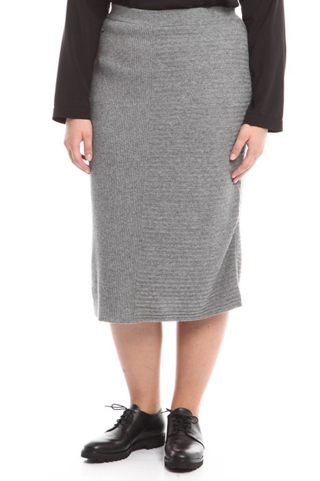 Knitted rib worked skirt Intrend