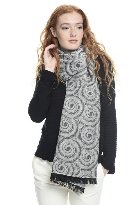 Lightweight viscose scarf Diffusione Tessile