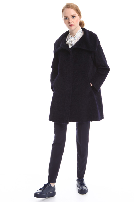 Coat with oversized collar  Diffusione Tessile