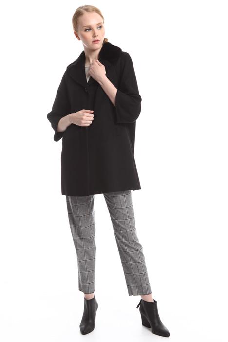 Cappotto con collo in visone Diffusione Tessile