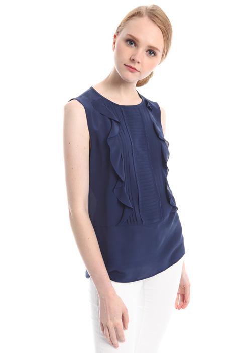 Ruffled blouse with plissé Diffusione Tessile