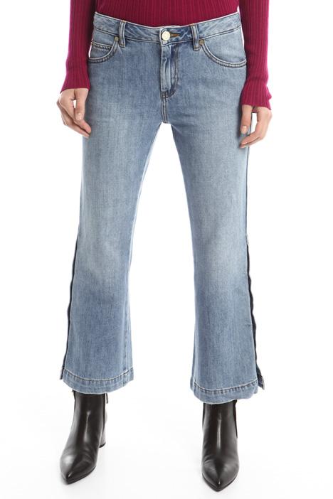 Jeans flared con bottoni Diffusione Tessile