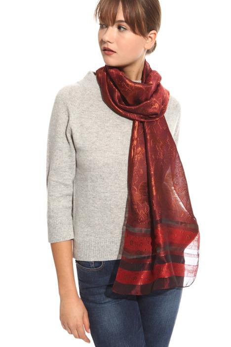 Jacquard motif scarf Diffusione Tessile