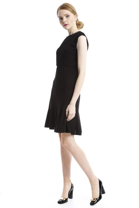 Bijou neck dress Intrend