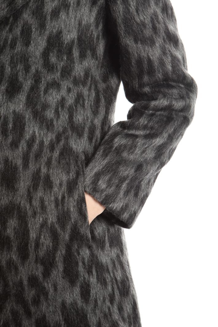 Cappotto a motivo animalier Diffusione Tessile