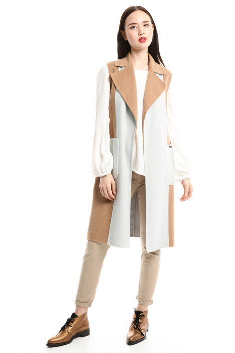 Colour-block sleeveless coat Diffusione Tessile