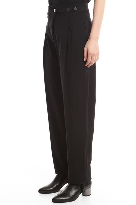 Pleated trousers Intrend