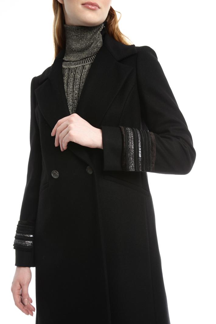 Cappotto con polsini gioiello Diffusione Tessile