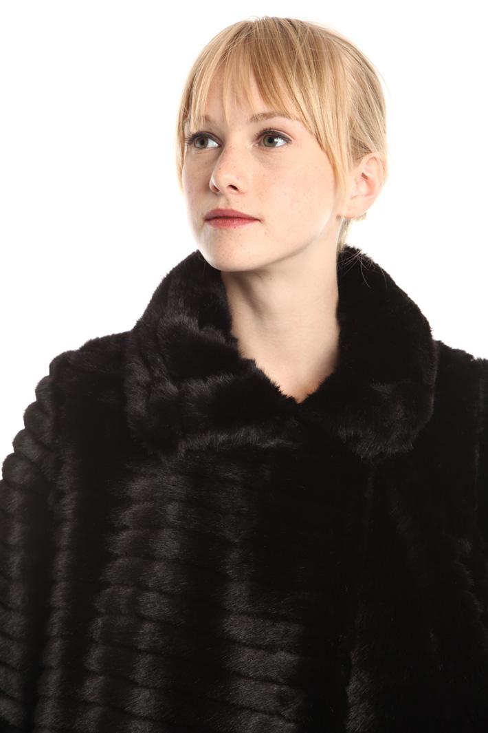 Giacca a effetto pelliccia Diffusione Tessile