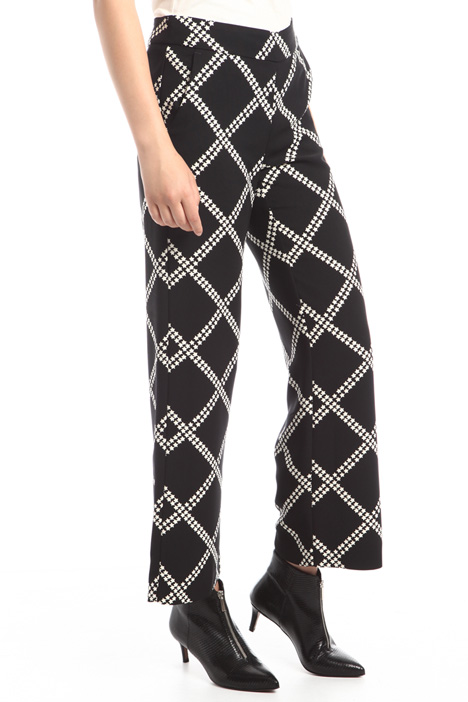 Straight-cut printed trousers Diffusione Tessile