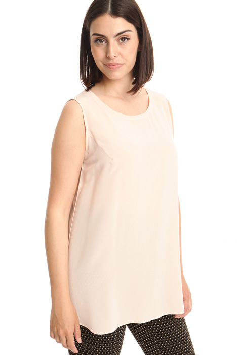 Silk top with flared hem Intrend