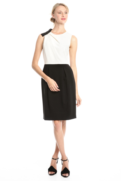 Two-tone sheath dress Intrend