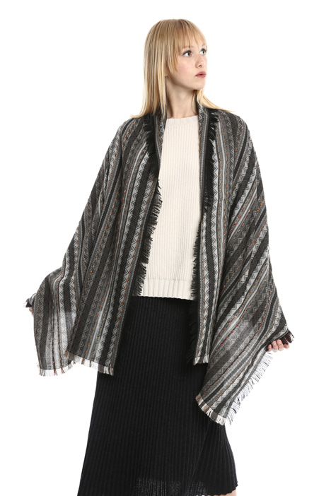 Fringed scarf with stripes Intrend