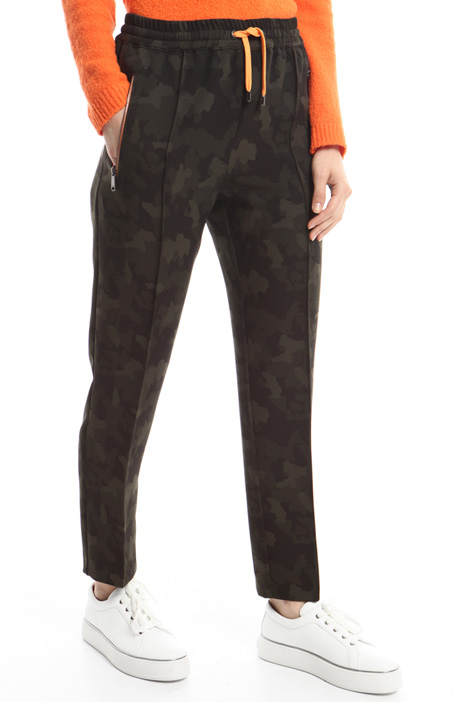 Printed jogging-style pants Diffusione Tessile