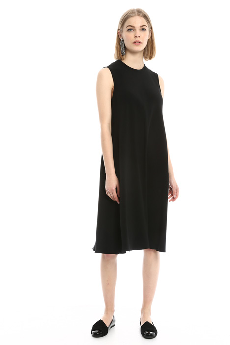 Fluid dress with pockets Intrend