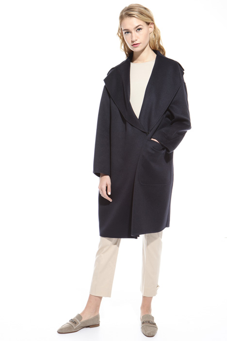 Egg-shape drap coat Intrend
