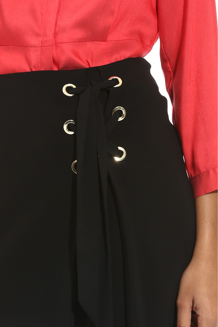 Lace-up skirt Intrend