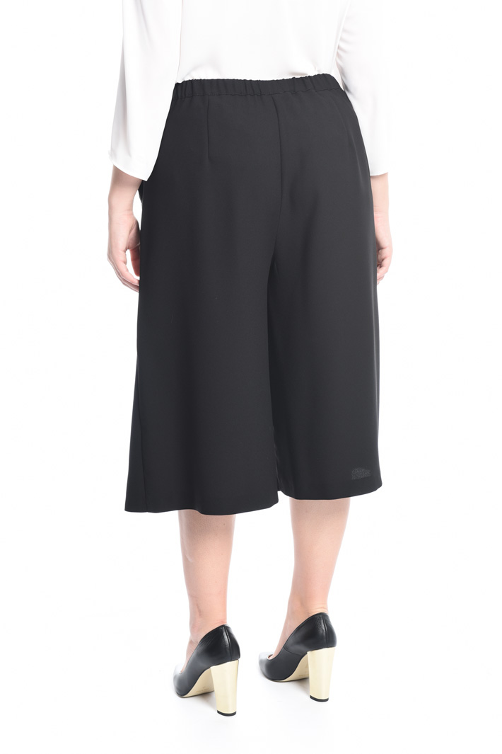 Trousers in crepe fabric Intrend