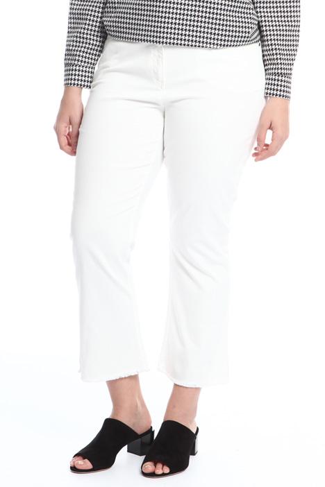 Jeans con orlo sfrangiato Diffusione Tessile