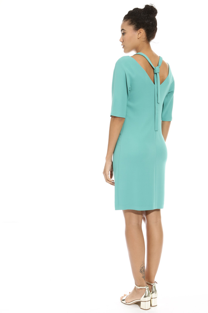 Abito in cady con cut-out Intrend