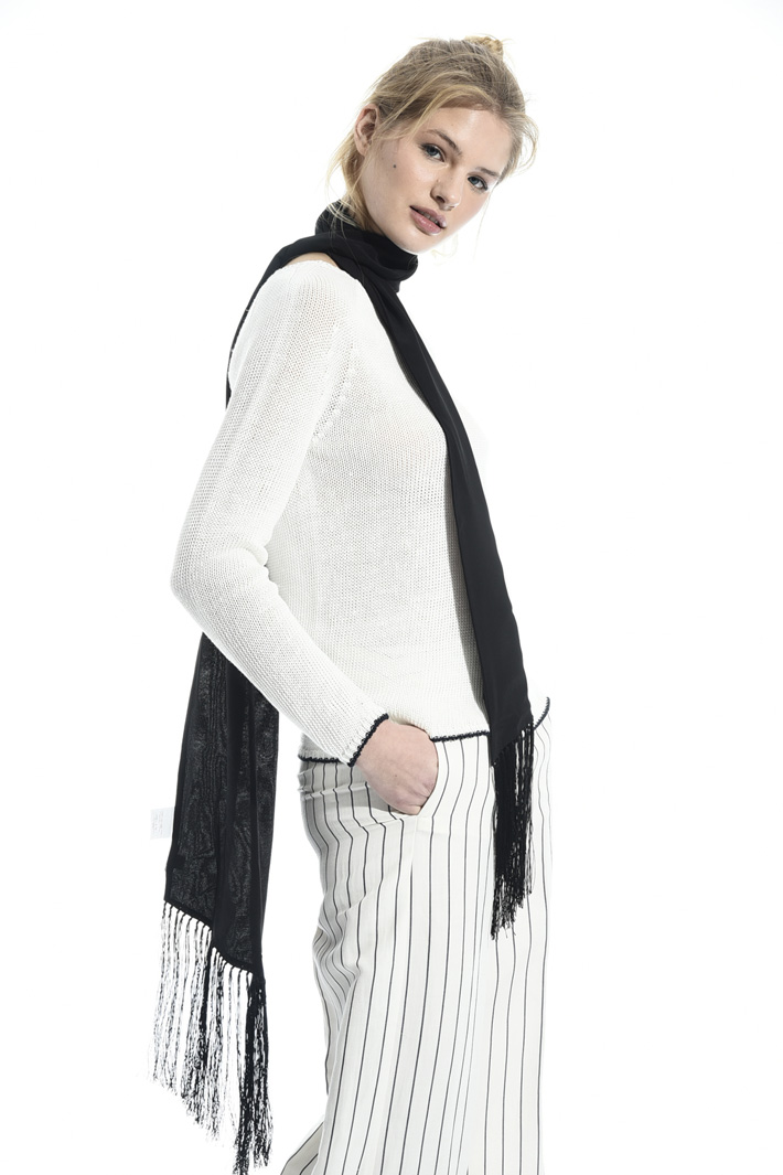 Fringed edge silk foulard Intrend
