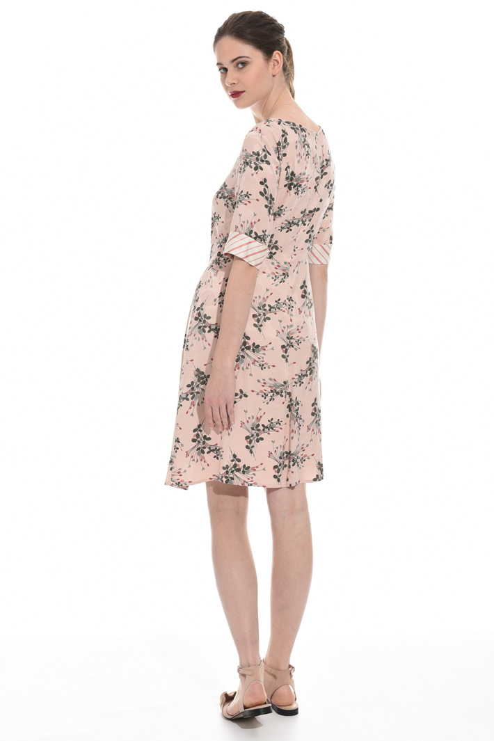 Dress in fluid jacquard fabric Intrend