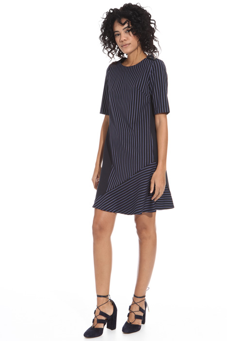 Short sleeve dress Intrend