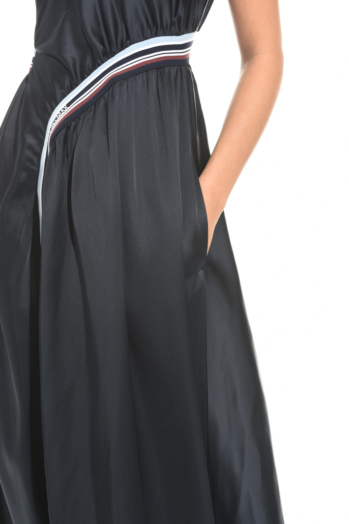 Dress with elastic inserts Intrend