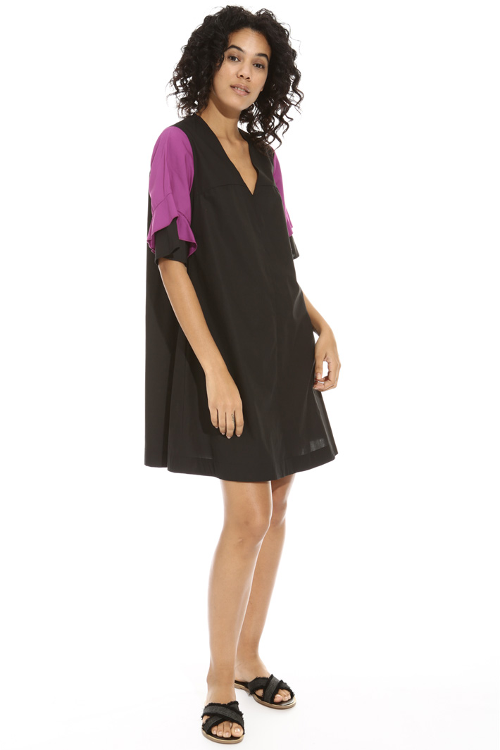 V-neck flared dress Intrend