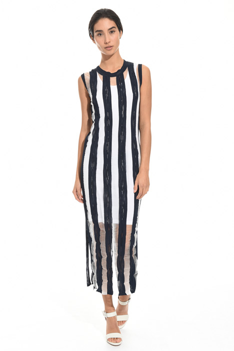 Fitted dress with stripes Intrend