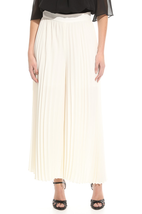 Pleated crepe trousers Diffusione Tessile
