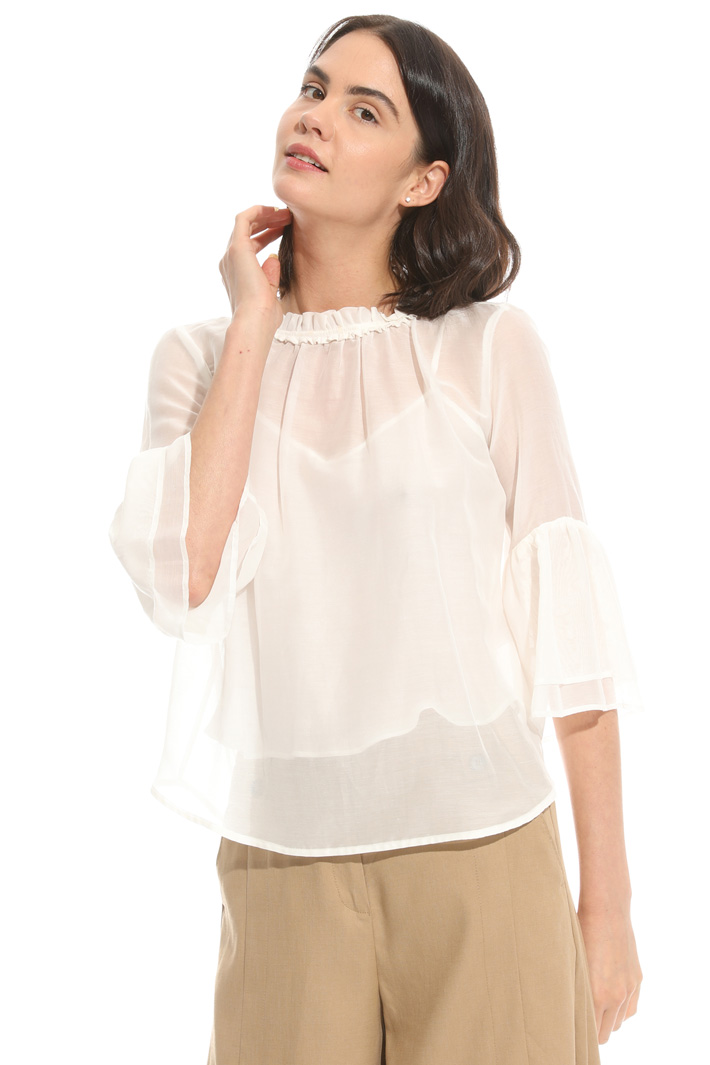 Boxy-fit top in voilé Intrend