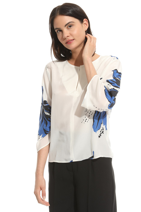 Printed crepe blouse Intrend