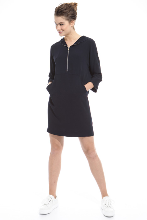 Hooded dress Intrend